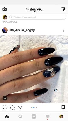 Nails with butterfly