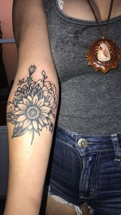 Sunflower Tattoo // Wildflower Tattoo // Girl Tattoo #ad