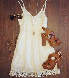 Apaixonei!!!   Encontre mais Saias nessa loja  http://imaginariodamulher.com.br/look/?go=1XWhpWh