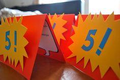 Superhelden Einladungskarten / superhero birthday invitations