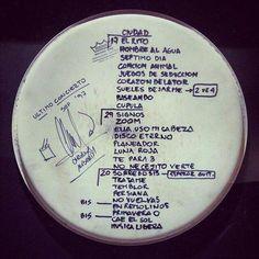 Setlist último concierto de Soda Stereo (1997). @capitanintriga Soda Stereo, Nostalgia, Perfect Love, Enjoy Your Life, Rock And Roll, Words, Medusa, Feta, Illustration