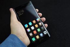 Версия смартфона Xiaomi Mi Note 2 с плоским дисплеем не увидит свет