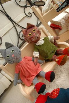 Kitty dolls. Maybe I can make one for Isabel for her birthday.  They would be cute made of brown herringbone wool pants or skirt.