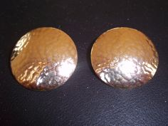 Vintage 14 kt Gold  Stud Earrings Disc Shape, Circa 1980's