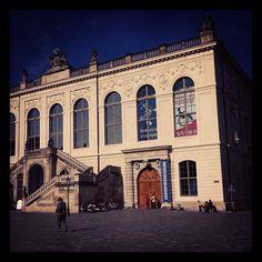 Das Johanneum, seit 1952 Sitz des Verkehrsmuseum Dresden.