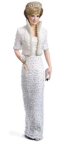 The Royal Order of Sartorial Splendor: Flashback Friday: The Elvis Gown