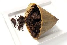 Kasta inte sumpen när kaffet är urdrucket – gammal kaffesump går att återanvända. Här får du våra fem bästa tips.
