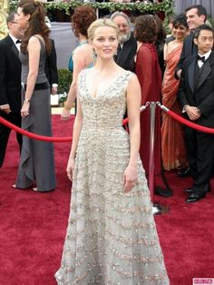One of my favorite Oscar dresses  Reese Witherspoon sparkled in a Christian Dior gown in 2006