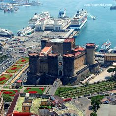 Castel Nuovo, Naples, Italy One of the main architectural landmarks of a beautiful Italian city