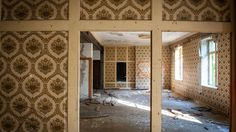 http://www.weather.com/travel/news/abandoned-hotels-and-resorts-photos-20140219
