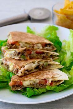 Quesadillas à la viande, curry et emmental                                                                                                                                                     Plus