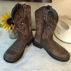 Ariat fringe western boots Girls size 2.5 beautiful boots Ariat ...