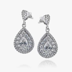 Here at the REAL EFFECT, we know how important it is to have stylish pair of earrings for different occasions. Choose your perfect pair here...