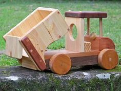 Wooden Toy Trucks, Wooden Car, Wood Crafts, Diy And Crafts, Wood Games, Stacking Toys, How To Make Toys, Woodworking Toys, Hobby Horse