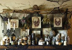 Venom and Vice and Not a Single Thing Nice: DIY Apothecary Table Halloween-Apotheker . Halloween Prop, Voodoo Halloween, Soirée Halloween, Halloween Potions, Adornos Halloween, Halloween Kitchen, Holidays Halloween, Halloween Costumes, Halloween Cloche