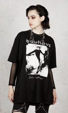 Bauhaus - Bela Lugosi's Dead T-Shirt - Disturbia Clothing Punk Outfits, Grunge Outfits, Cool Outfits, Fashion Outfits, Dark Fashion, Gothic Fashion, Rock Street Style, Estilo Dark, Mode Grunge
