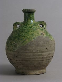 Flask Date: 1400–1600 Geography: Made in Surrey, England Culture: British Medium: Partially glazed earthenware