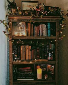 Image shared by Bella Luisé. Find images and videos about inspiration, books and autumn on We Heart It - the app to get lost in what you love. aesthetic gif Magical bookshelf uploaded by Bella Luisé on We Heart It Room Ideas Bedroom, Bedroom Decor, Fairy Bedroom, Decor Room, Ikea Bedroom, Bedroom Inspo, Bedroom Inspiration, Bedroom Furniture, Room Goals