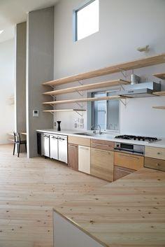 in Ookayama / Torafu Architects Mismatched plywood cabinet faces. Torafu Architects - House in Ookayama. Torafu Architects - House in Ookayama. Home Design Decor, Küchen Design, House Design, Interior Design, Home Decor, Design Ideas, Wood Design, Design Trends, Kitchen Interior