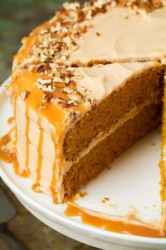 Browned Butter Pumpkin Cake with Salted Caramel FrostingDelish Cinnamon Cream Cheeses, Cinnamon Cream Cheese Frosting, Thanksgiving Meal, Salted Caramel Frosting, Dessert Recipes, Frosting Recipes, Cupcake Recipes, Pumpkins, Brown Butter