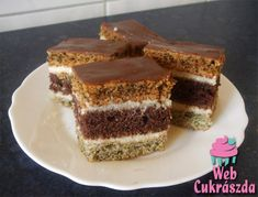 Rezi mákos Austrian Recipes, Austrian Food, Poppy Cake, Eastern European Recipes, Tiramisu, Cooking, Ethnic Recipes, German, Dios