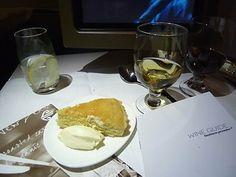 Air New Zealand, Business Class, Dessert Lemon Tart, 2008 First Class Flights, Air New Zealand, Lemon Desserts, Business Class, Grubs, Airplane, Beverage, Catering, Tart