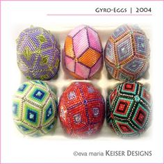 Beaded egg tutorial by Eva Maria Keiser >> love her work!