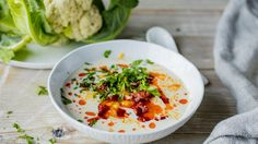 Blomkålsuppe med chorizo og cheddar