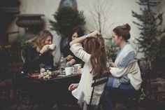Image discovered by Not Only Photos. Find images and videos about girl, photography and friends on We Heart It - the app to get lost in what you love. My Best Friend, Best Friends, Friends Cafe, Ex Amor, How To Pose, Partners In Crime, Christian Women, Friends Forever, Belle Photo