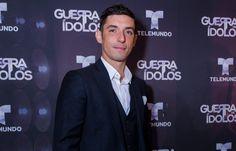 Alberto Guerra de Guerra de Idolos no acepta fracaso en Telemundo  #EnElBrasero  http://ift.tt/2q5kBXX  #albertoguerra #guerradeídolos