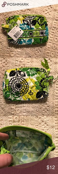Vera Bradley Limes Up Small Cosmetic bag New with Tag Vera Bradley Bags Cosmetic Bags & Cases