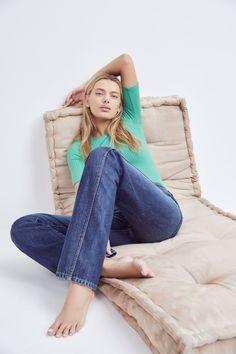 Jean barefoot fetish