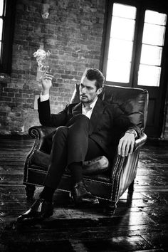 David Gandy Poses for Grazia Italia - Fashionably Male Portrait Photography Men, Photography Poses For Men, Fashion Photography, David Gandy, Grazia Magazine, Man Smoking, Classy Men, Mode Masculine, Male Poses
