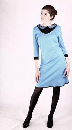 Stretchkleider - Blusenkleid mit Bubikragen - ein Designerstück von Berlinerfashion bei DaWanda
