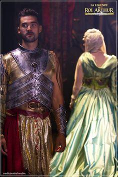 Le Roi Arthur (Florent Mothe) et la Reine Guenièvre (Camille Lou) - La Légende Du Roi Arthur