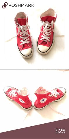Converse canvas shoes Gently worn. Bundle discount 15%. Converse Shoes Sneakers