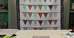 The possibilities for this pennant quilt are endless! Old Quilts, Star Quilts, Scrappy Quilts, Easy Quilts, Quilt Blocks, Quilting Tutorials, Quilting Projects, Quilting Designs