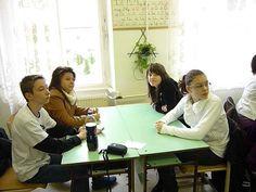 Goethe Intézet német nyelvi versenyén a 4. helyezett csapat: Imre Fruzsina, Jakab Petra, Várkonyi Viktória, Moldván Márk. A felkészítő nevelő: Katonáné Veres Éva
