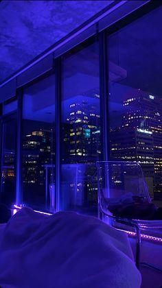 Night Aesthetic, City Aesthetic, Purple Aesthetic, Travel Aesthetic, Apartment View, Dream Apartment, New York Life, Nyc Life, Aesthetic Iphone Wallpaper