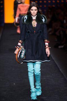 2016-17秋冬プレタポルテコレクション - フェンディ(FENDI)ランウェイ|コレクション(ファッションショー)|VOGUE JAPAN