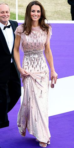 i wish this was my prom dress. Donate to a good cause Kate?