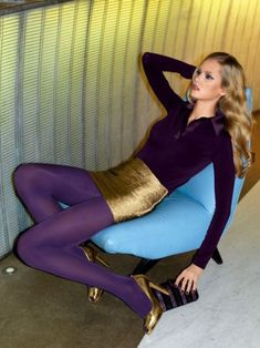 Tight gold skirt with purple tights and gold heels. Stockings Outfit, Pantyhose Outfits, Pantyhose Heels, Stocking Tights, Sexy Stockings, Colored Tights Outfit, Purple Tights, Coloured Tights, Cool Tights