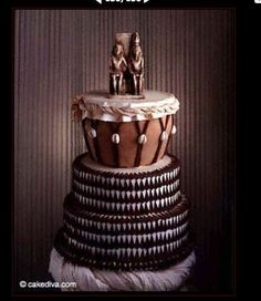 Now that is another bad-ass African wedding cake! African true and true. The mother land cake! That cake is so African I have to go back to the beginning and call her by her true name The Ancient name of Africa being Akebu-Lan (mother of Mankind) African Wedding Cakes, African Wedding Theme, African Theme, African Wedding Dress, African Weddings, Kenyan Wedding, Nigerian Traditional Wedding, Traditional Wedding Cakes, Traditional Cakes
