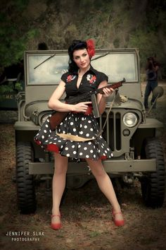 jeepdreams4me:  frankiestein13:  Murder City Photography Pin Up Shoot  She brought Willy and Tommy
