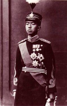 Prince héritier Hiro Hito du Japon (1901-19889), empereur du Japon de 1926 à sa…
