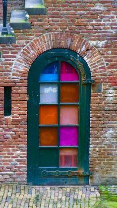 quenalbertini: Color glass door in Utrecht, Netherlands Utrecht, Knobs And Knockers, Door Knobs, Door Handles, Cool Doors, Unique Doors, Entrance Doors, Doorway, When One Door Closes