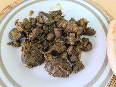 ארוחה בשרית בריאה וטעימה העשויה מחלקי בשר פנימיים. קלה להכנה. אוכל ישראלי.