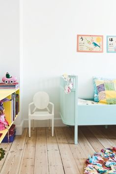 baby blue bed