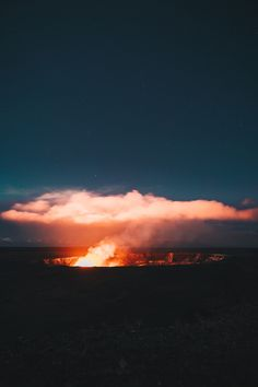Download this photo in Hawaii Volcanoes National Park, United States by guille pozzi (@guillepozzi)