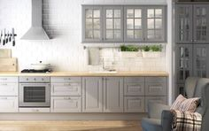 Grey kitchen cabinets❤And oh how I love and want that over the stave exhaust.